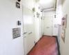 マンション中野坂上5階共用部部屋前3