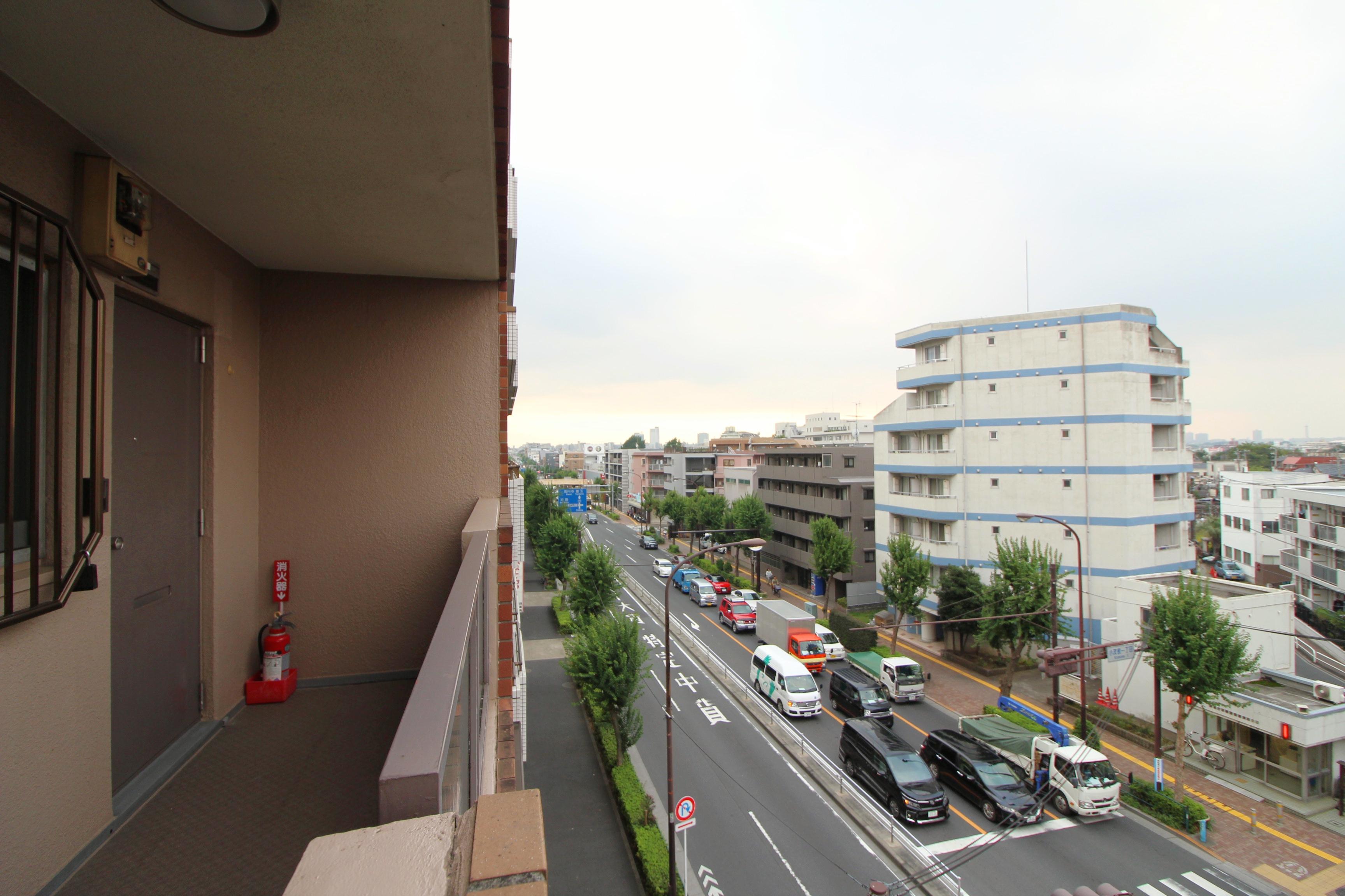 ルシェール江古田5階共用廊下からの景色2